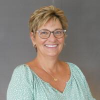 Profile image of Kim Kelly